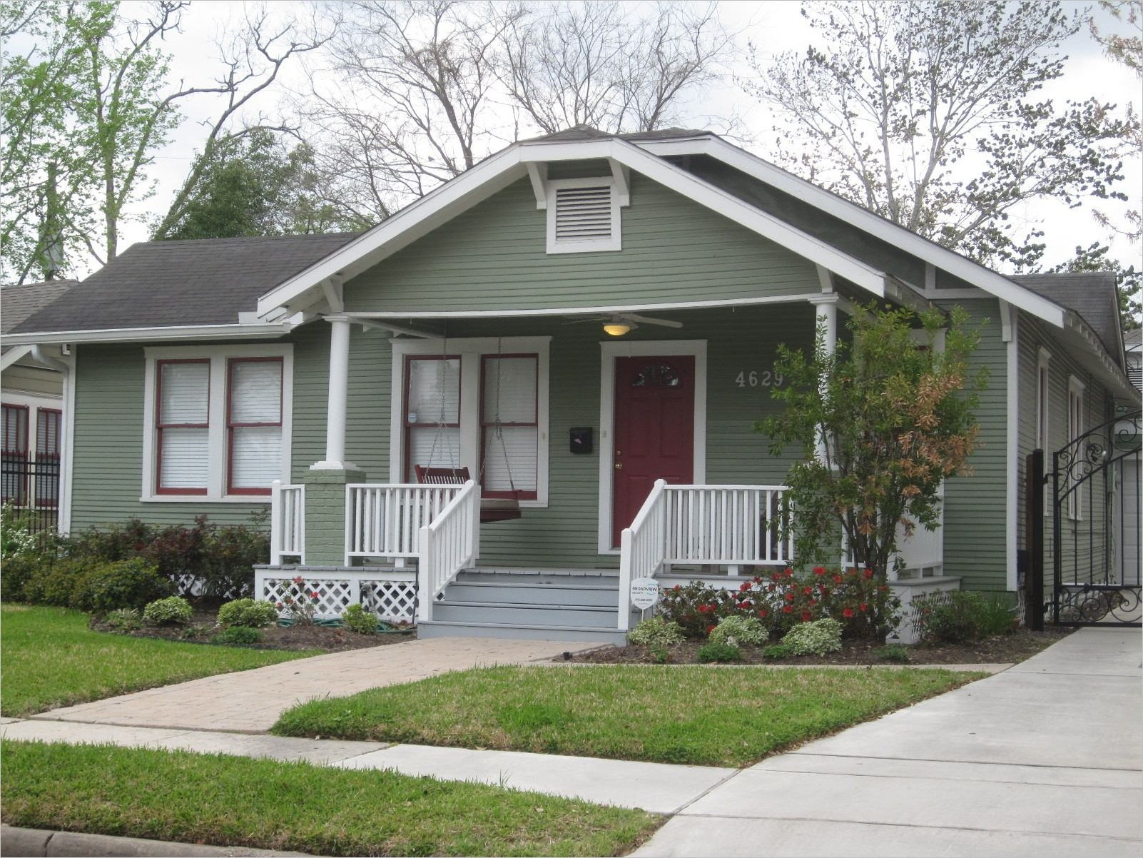 Exterior House Paint Ideas Bungalow