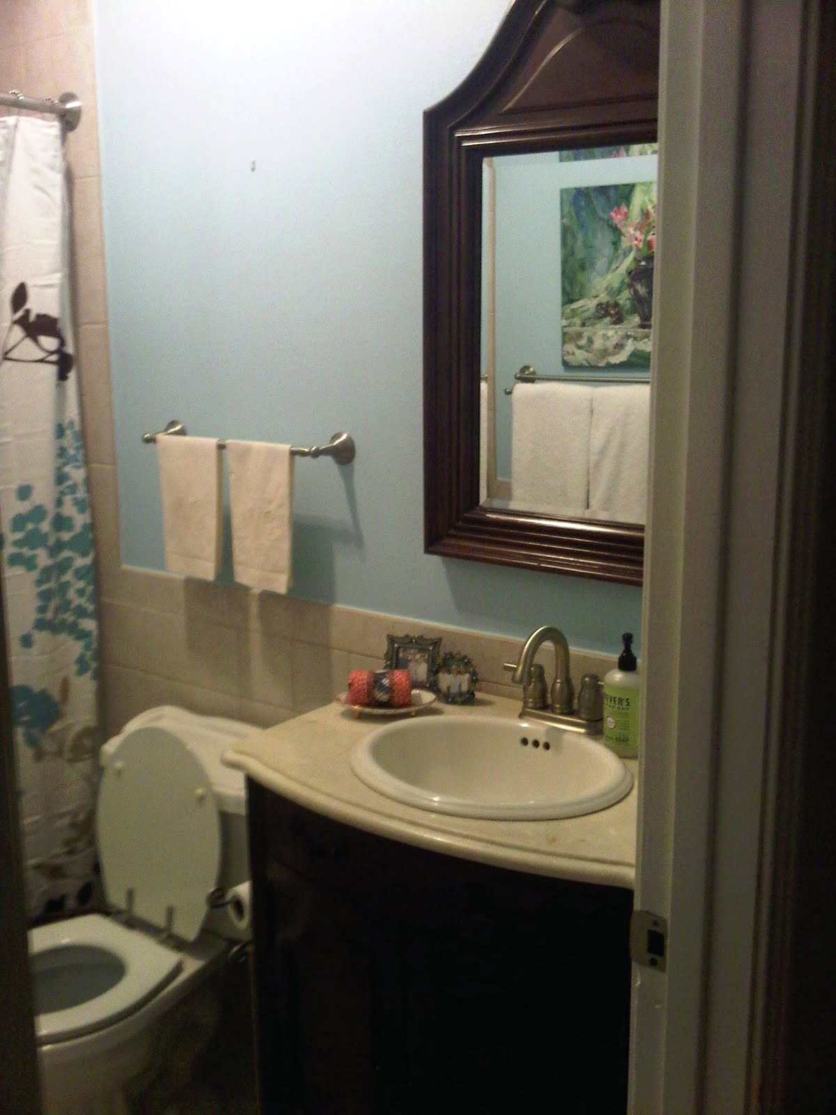 White Paint Colors For Bathroom
