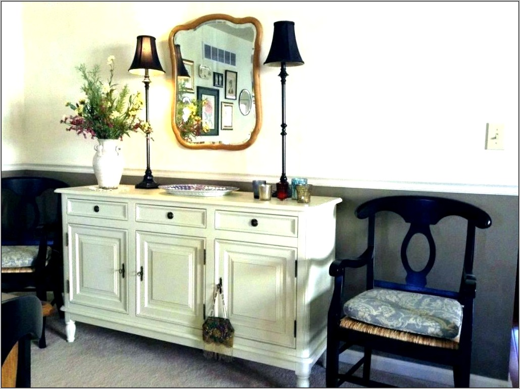 Decorating Ideas For A Dining Room Hutch