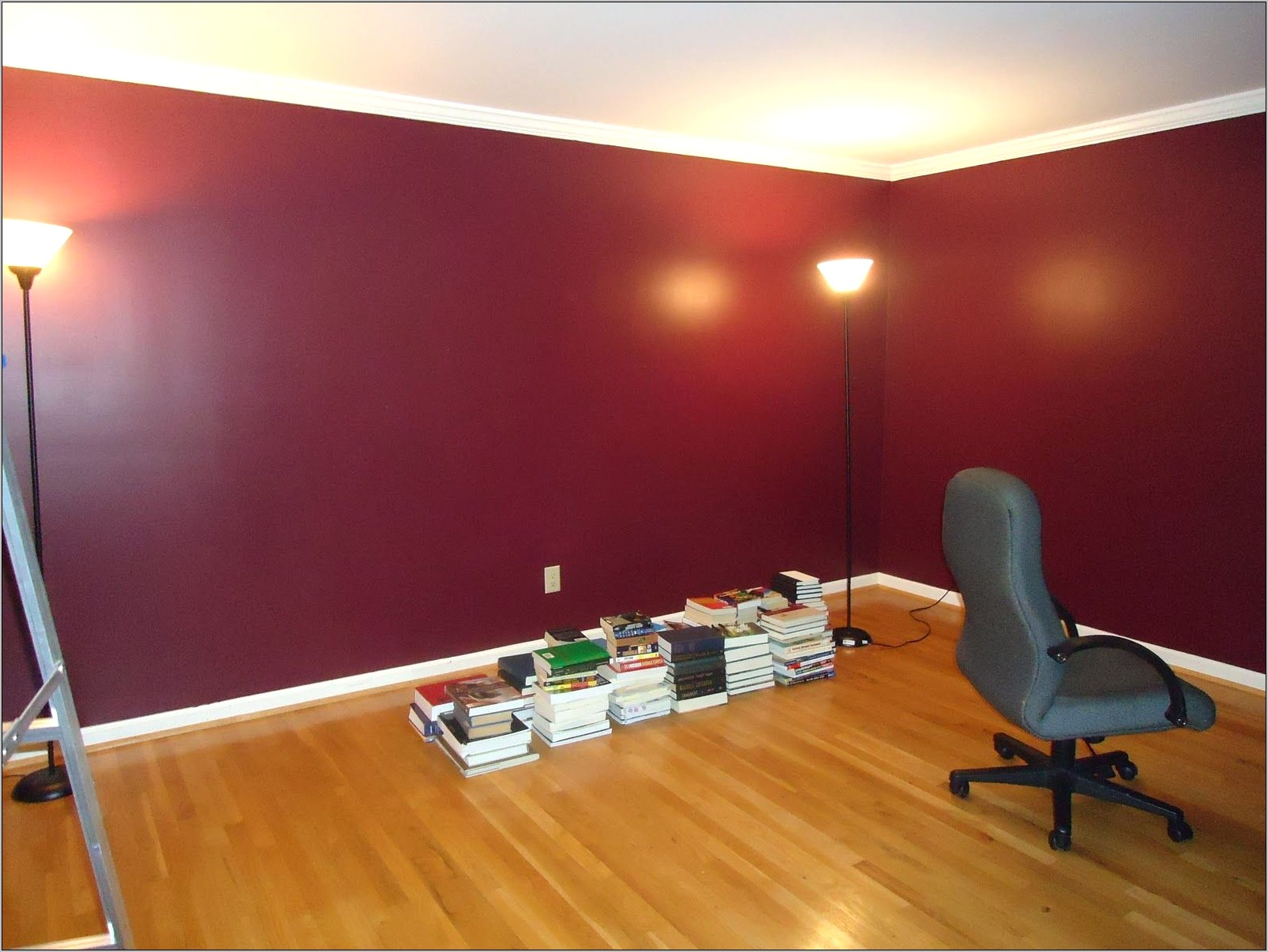 Decorating Red Walls Dining Room
