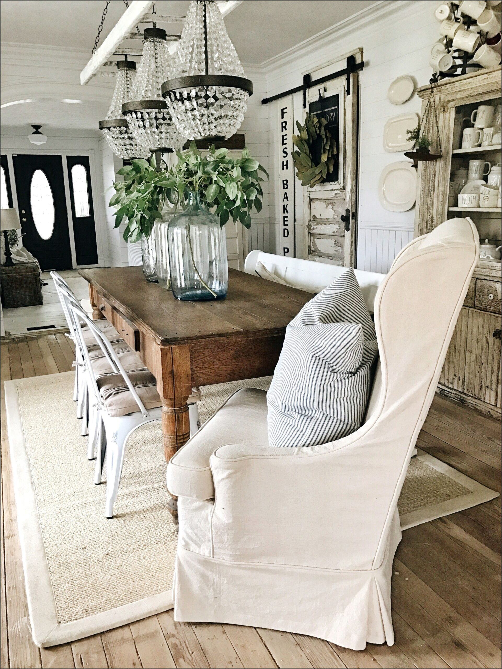 Farmhouse Decor For Dining Room