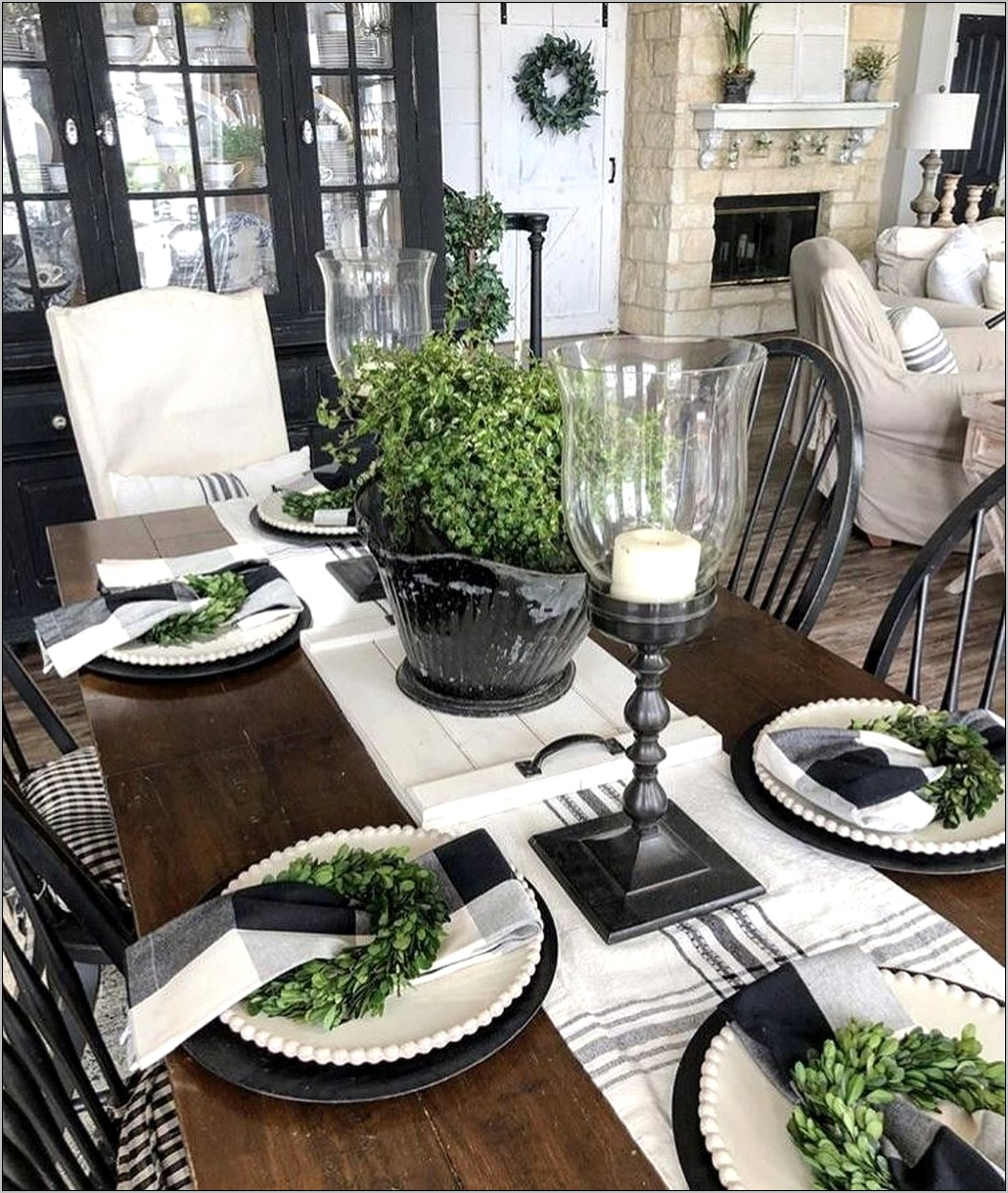 Farmhouse Dining Room Table Decorations