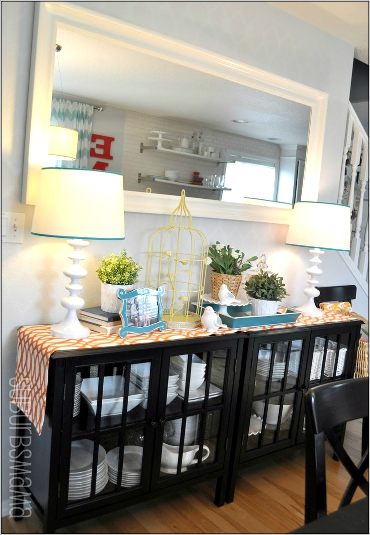 Ways To Decorate A Dining Room Shelf
