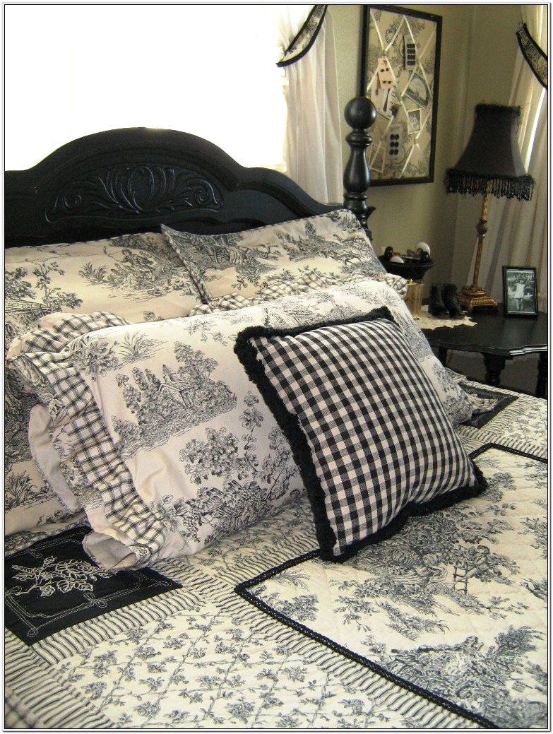 Black And White Toile Bedroom Decorating Ideas