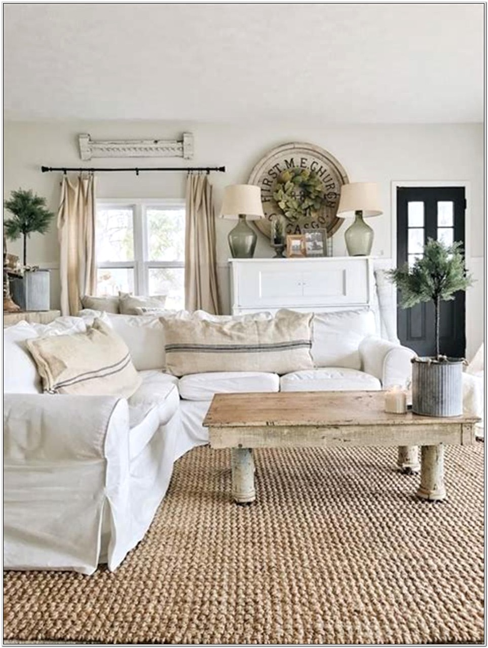 Country Farmhouse Small Living Room Decorating