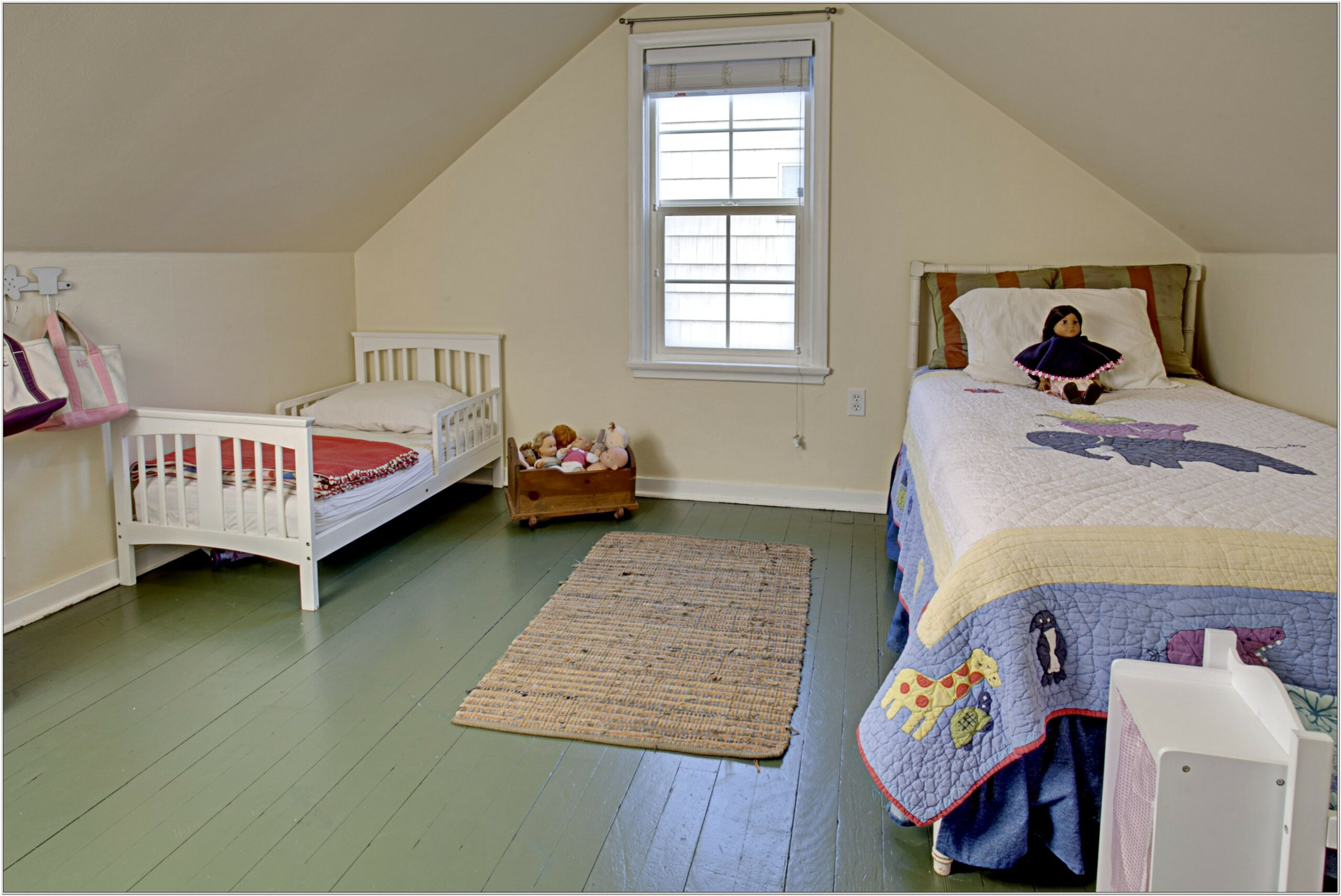Decorate Bedroom Cape Cod Style