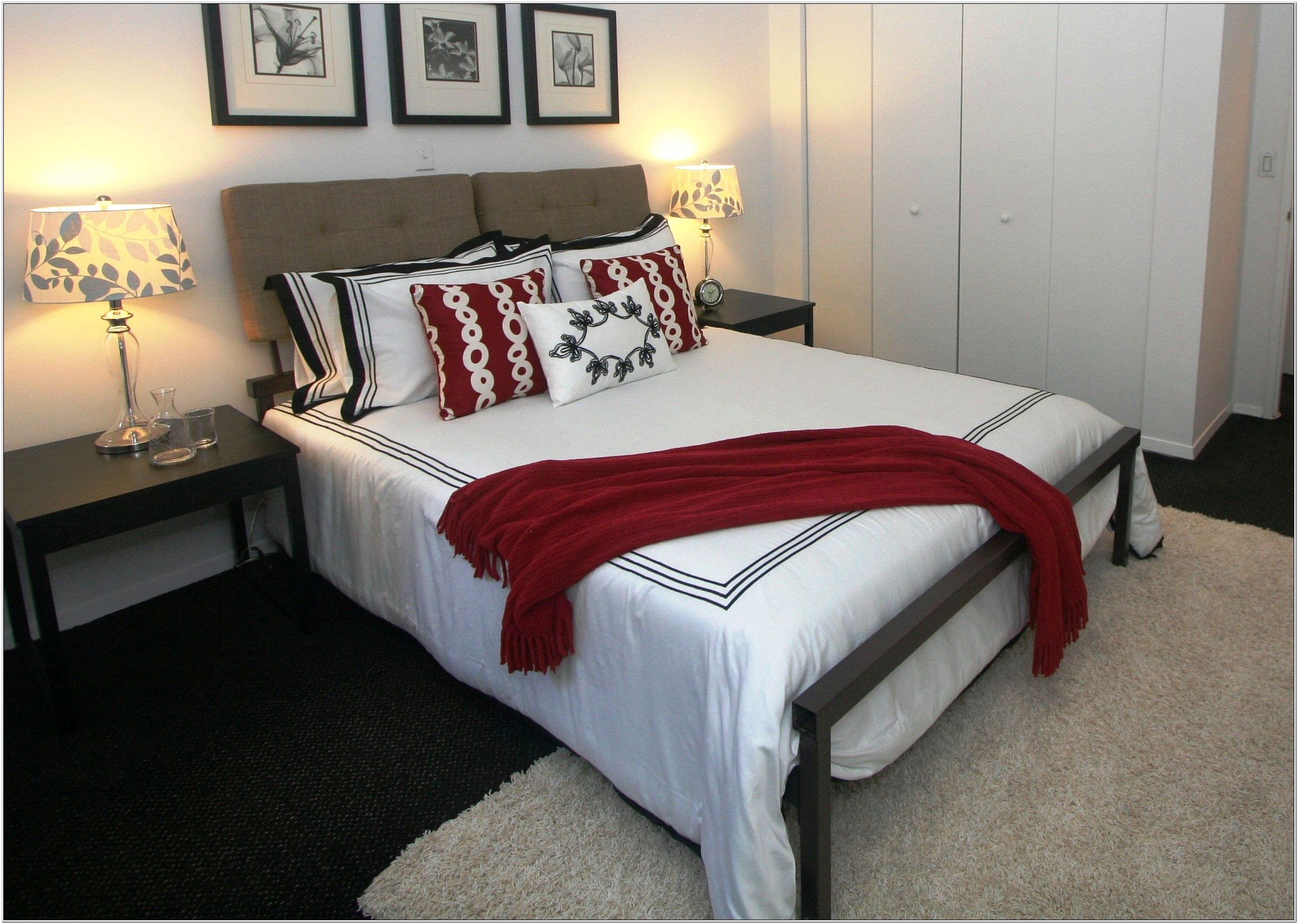 Decorating A Bedroom With Red Accents