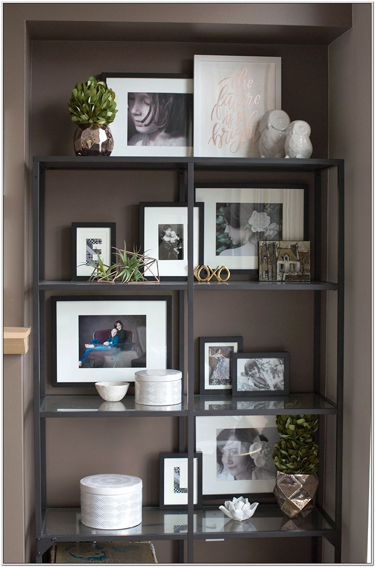 Decorating Bedroom With Bookshelves
