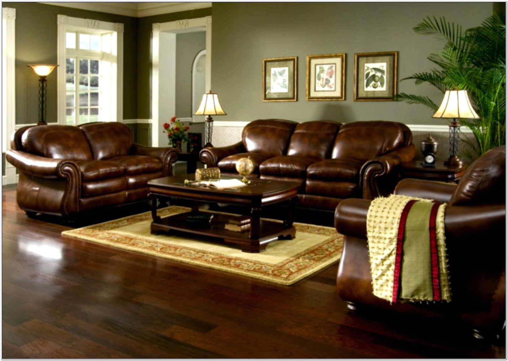 Decorating Brown Sofas Living Room