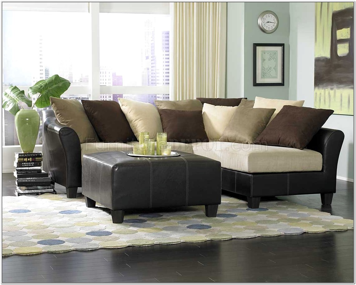 Decorating Living Room With Recliners
