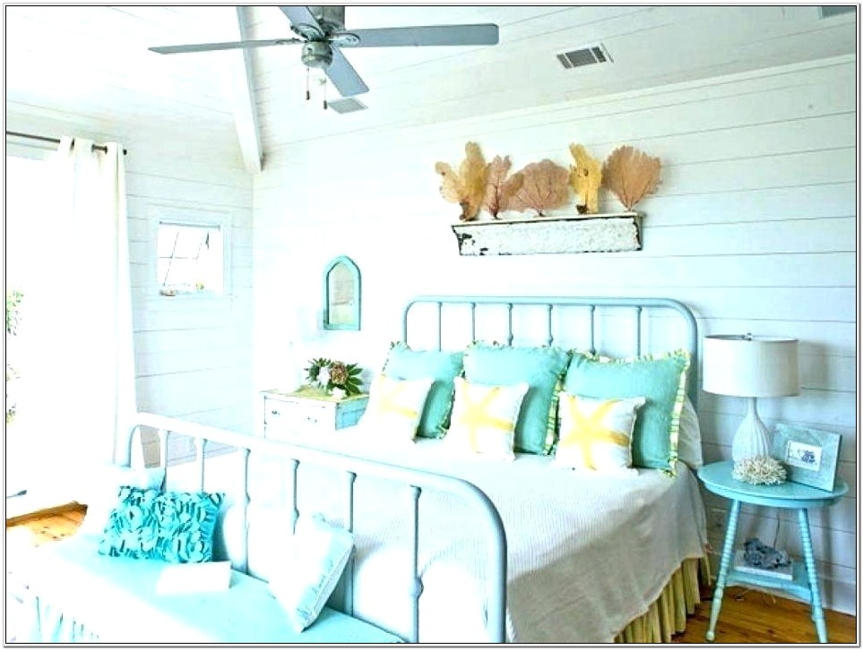 Ideas For Decorating A Beach Theme Bedroom