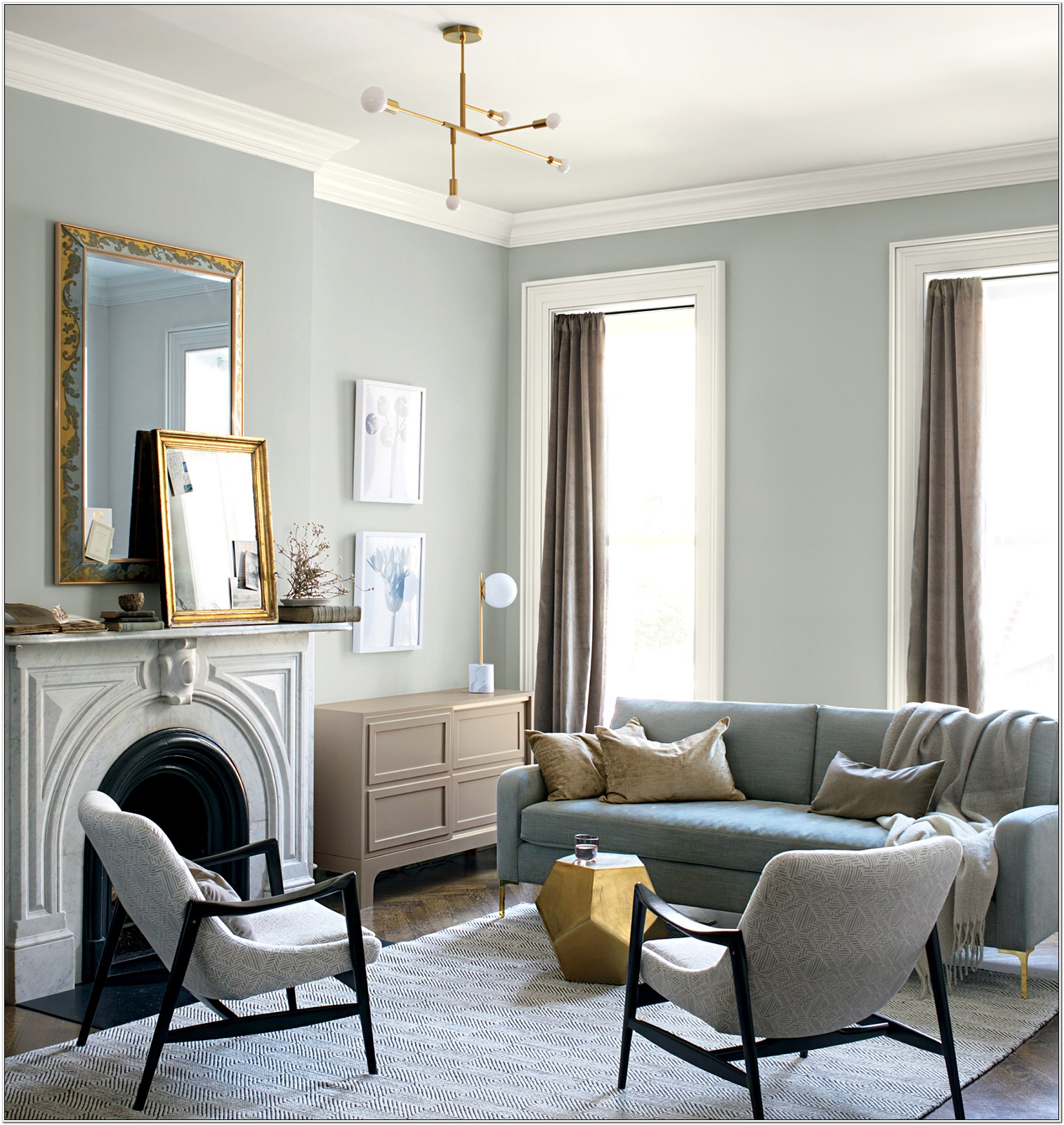 Layout Of Small Multi Entrance Living Room