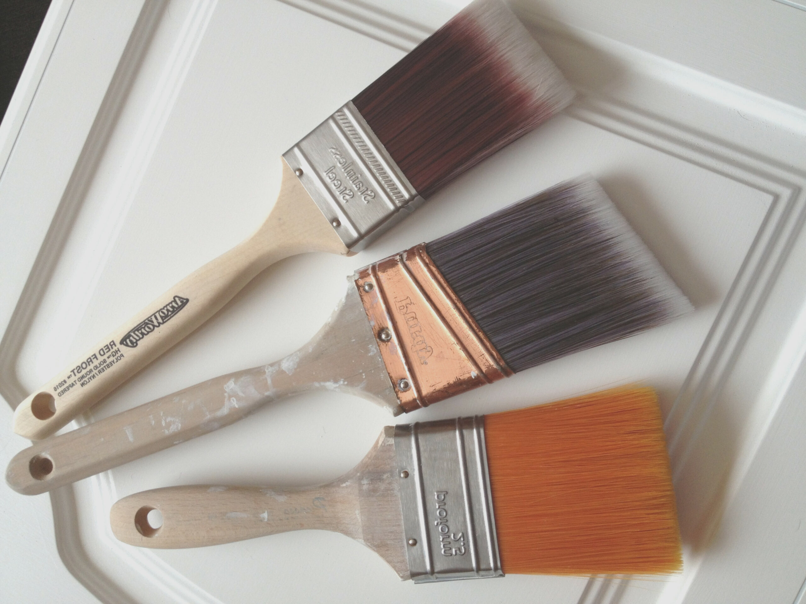 Best Brush for Cabinets