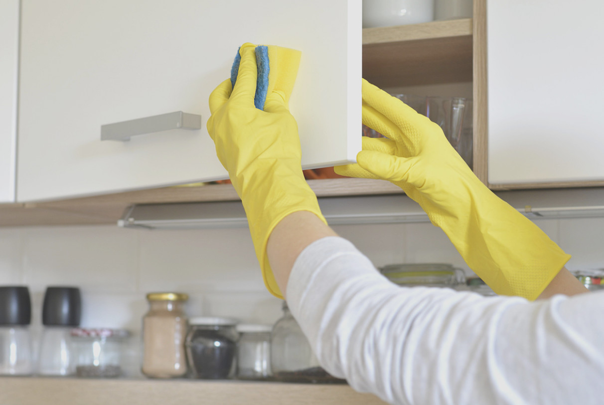 Clean Grease Off Kitchen Cabinets